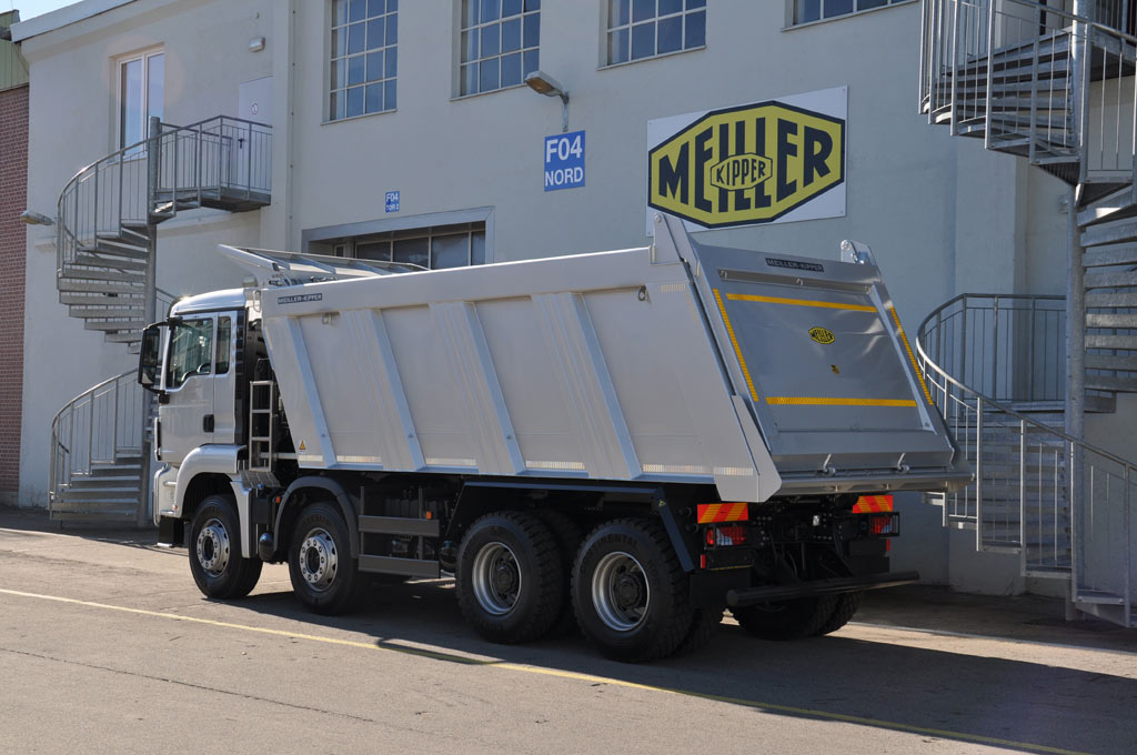Rear tipper series C