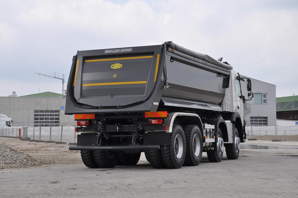 Rear tipper series P